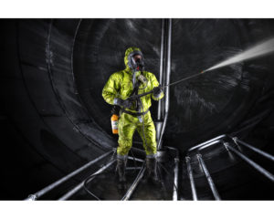 MSA products : the Altair 4X Multigas Detector, the PremAire Air Supplied Respirator, the Advantage 4000 Facepiece and the Firehawk PTC MMR Regulator in an application setting.